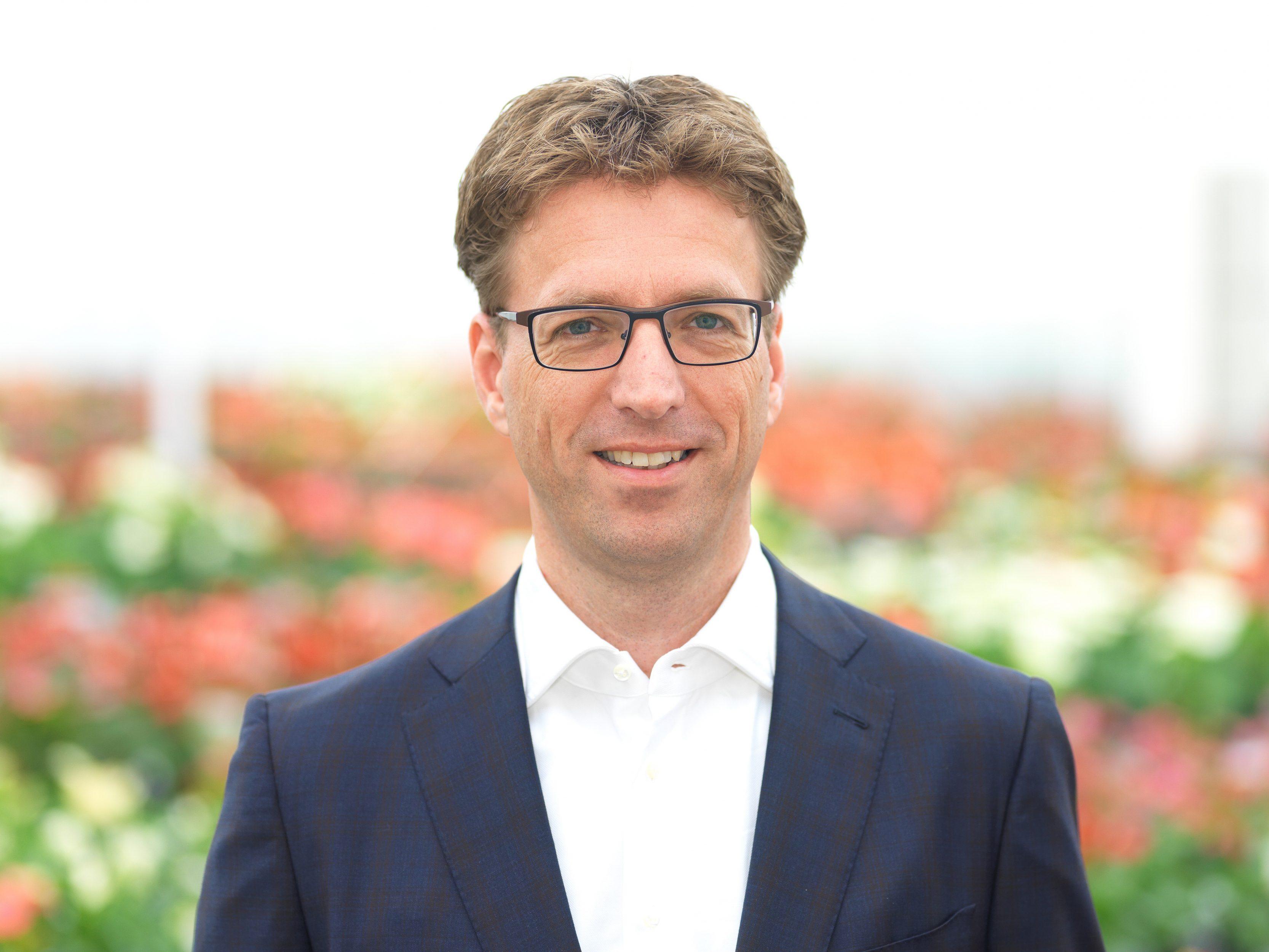 Mark van der Knaap, Director